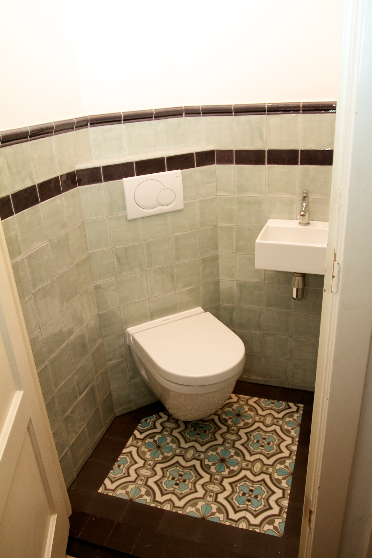 De tegel hilversum engelse wandtegels - Tegel model voor wc ...